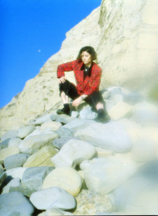 Jackie Mendoza – Love song experiments from the border of